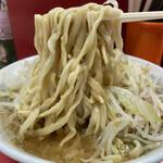 154214533 - 麺リフト