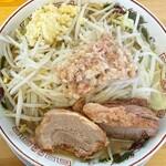 ガッツリラーメン 豚いち - 料理写真: