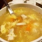 厳選和牛 焼肉 犇屋 - 野菜たっぷりヘルシースープ