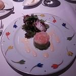 15423526 - 前菜:甘えびとアボガドのサラダ添え