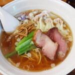 154231364 - 「醤油ワンタン麺(5個)」(970円)