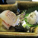三友居 - お造りは鱧と小鯛