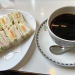 ワンモア - ハムエッグサンドセット ¥750- コーヒー