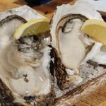 北海道さかな一途 直営魚問屋 - 生牡蠣1個660円