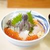 一花亭たびじ - 料理写真:活いか踊り丼