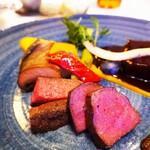 VITRA - 奥三河夏鹿ロースソテーモモ肉煮込み