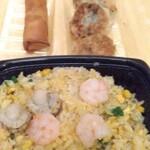 重慶厨房 - 韮饅頭は カット海老入◎
