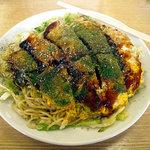 八兵衛 - 「肉・玉子・そば入りお好み焼き」650円
