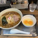 日吉 大勝軒 - マイスタンダードセット。中華麺、卵×2