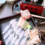 京料理 卯柳 - 温物 鱧しゃぶしゃぶ     ~青梅肉出汁で~