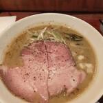 麺屋 ほぃ - 料理写真:濃厚鶏白湯ラーメン 850円