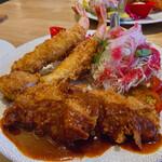 Tonkatsuyoushokunomiseitiban - スペシャルランチ盛合せ(ヘレカツ&海老フライ)アップ