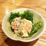 餃子食堂 つるかめ - 自家製ポテトサラダ:450円+税