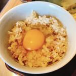 釜揚げうどん 鈴庵 - 卵かけ麦めし