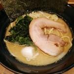 松壱家 - 醤油豚骨