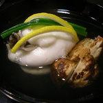 桜田 - お昼の7000円のコースの松茸と海老しんじょう
