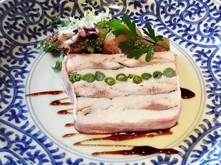 グリーンヒルズ草庵 - 秋刀魚のコンフィと里芋のテリーヌ
