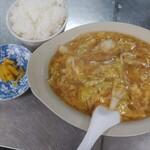 丸玉食堂 - ローメン、餡かけ卵とじラーメン