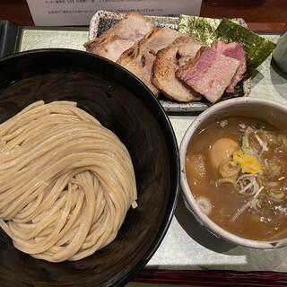 つけ麺 繁田 - 料理写真:チャーシューつけ麺