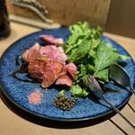 マルノワテーブルりんどう - 山形産ラム肉ローストとルッコラ