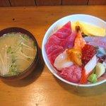 よし祥 - 「上散らし丼(生うに・いくら付)」1100円