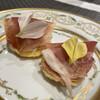 ミオオルト - 料理写真:生ハムは、塩分控えめで、生ハムの下は、それぞれ違う素材が入っていて美味しい。