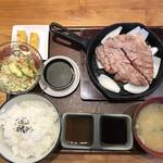 豚ステーキ専門店 かっちゃん -