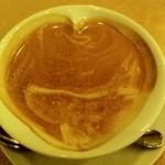 15441896 - カフェラテ ハートのカップ