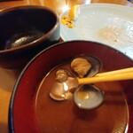 とんかつ太郎 - 味噌汁はしじみ汁だった