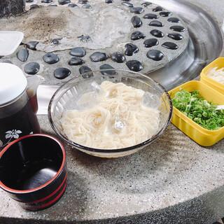 名水亭 - 料理写真:そうめん(おかわり自由) 中学生以上¥600