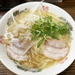 麺家うえの - 料理写真:とんこつラーメン