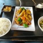 逸品火鍋 - ナスの醤油炒め(紅焼茄子)