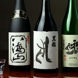 黒龍を中心に埼玉の地酒まで幅広いメニューを揃えております。
