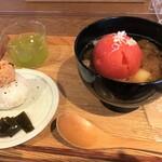 ミソジュウ - まるごとトマトとほろほろ牛スネのみそポトフ & スパイシーツナ