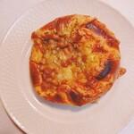 モグモグ - 料理写真:納豆キムチ(¥160)。 変わり種もいいですね。