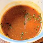 手打ち蕎麦 雷鳥 - トマト切り用のつけ汁です。