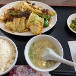 中華料理 香香 - 回鍋肉定食