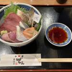 魚河岸 でん - 小田原地魚丼
