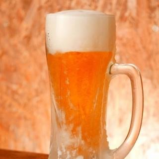 何杯飲んでもビールは250円ハイボールは200円!