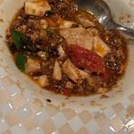 中国料亭 凛 追立 - 麻婆豆腐にトマトは珍しい