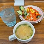 ガンジス川 - 料理写真:スープ+ミニサラダ