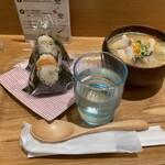 こめらく 和のスープとお茶漬けと - 料理写真:具だくさん豚汁とおむすび2個のセット