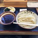 元祖武蔵野うどん めんこや - つけ汁うどん並盛、641円税込。