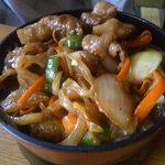 食房一洋 - 焼き肉丼 750円