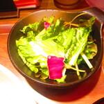 なかよし餃子エリザベス - ランチ・海老のフォー定食 800円(税込)のサラダのアップ【2021年7月】
