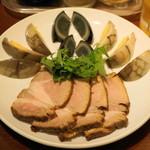 餃子のハルピン - 2012.10 盛合わせ(630円)ピータン、チャーシュー、自家製味つけ卵