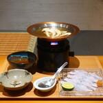154545111 - 松茸と鱧のしゃぶしゃぶ