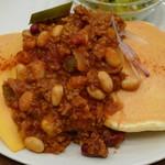 mog - ホットチリビーンズのメキシカンパンケーキ(アップ、2012年10月)