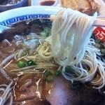 15457375 - 麺はストレート細麺♪