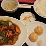 天香一 - 酢豚定食